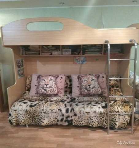 Продам: Двухярусная кровать без дивана