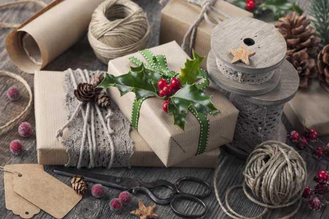 Требуется: Упаковщик новогодних подарков (вахта с п