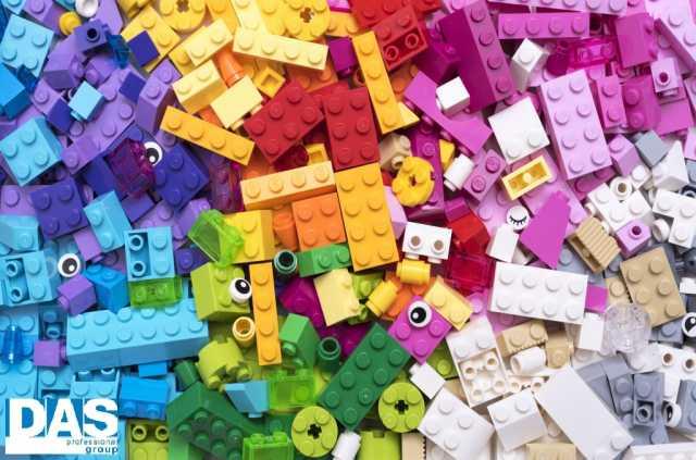 Требуется: Упаковщик-комплектовщик игрушек Лего (