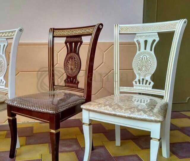 Продам: Столы Стулья массив