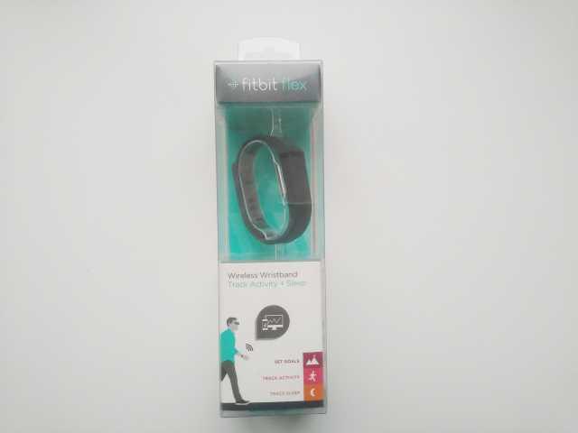 Продам Фитнес браслет fitbit flex новый