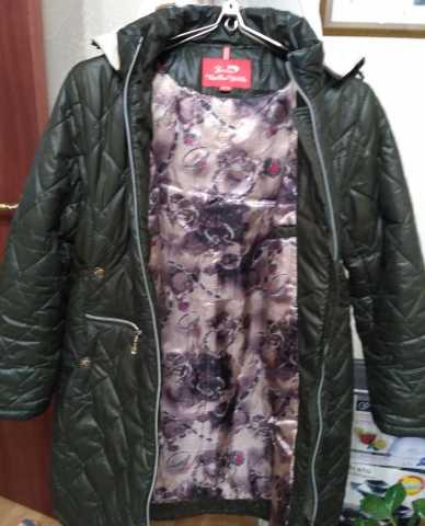 Продам Зимнее пальто (пуховик)
