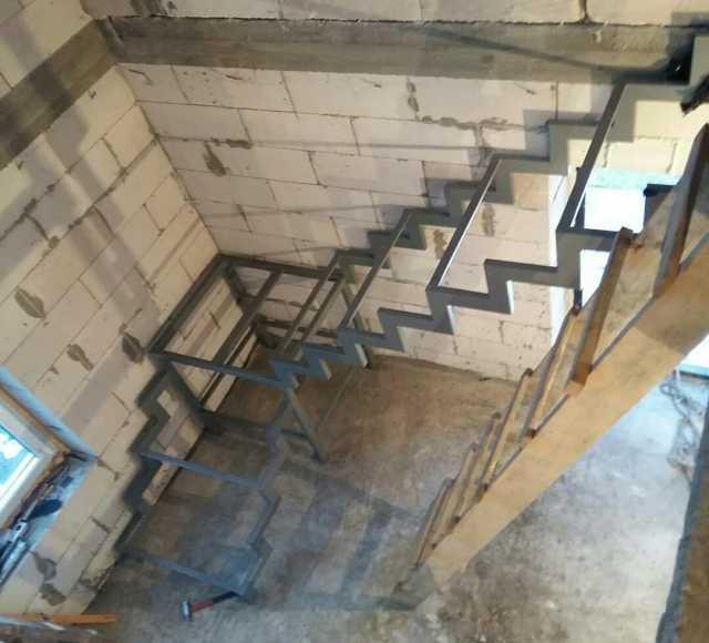 Предложение: Изготовлю металлокаркас лестницы, крыльц