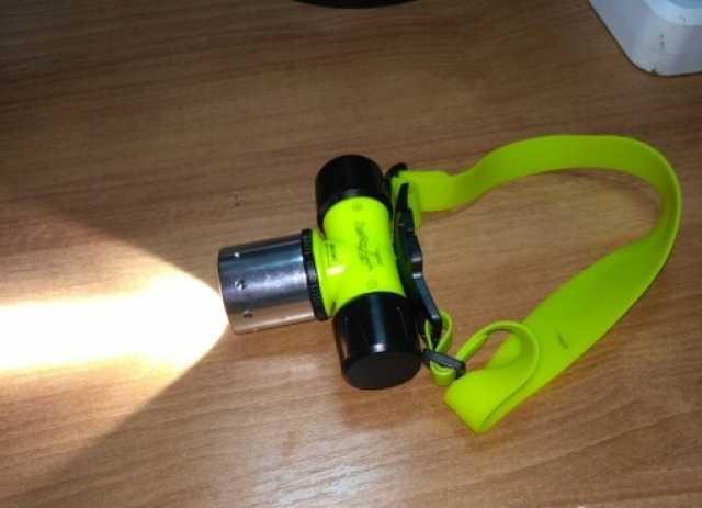 Продам Подводные фонарик 5 в