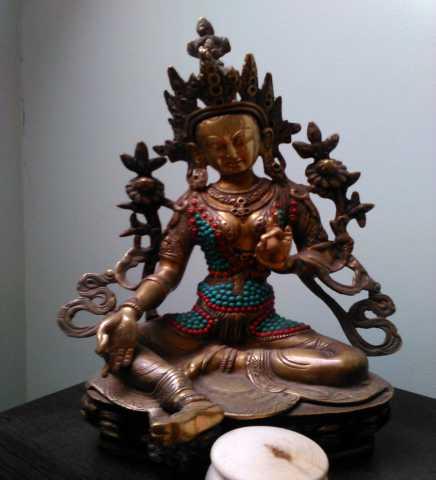 Куплю Куплю янтарные бусы,Буддийские статуэтки