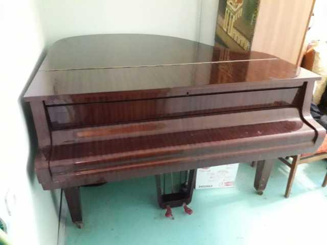 Продам: рояль