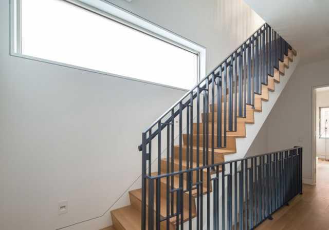 Предложение: Перила.Ограждения для лестниц.