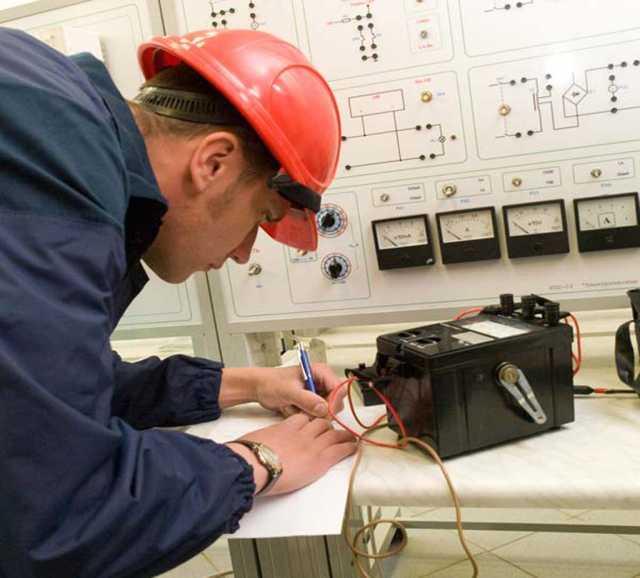 Вакансия: Электромонтер по ремонту оборудования