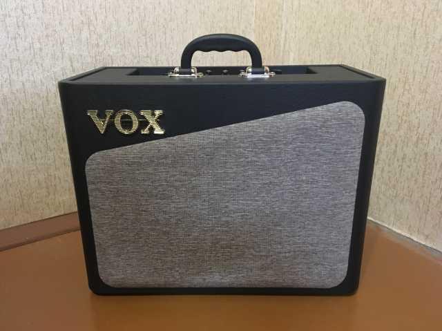 Продам VOX AV15 Ламповый гитарный усилитель