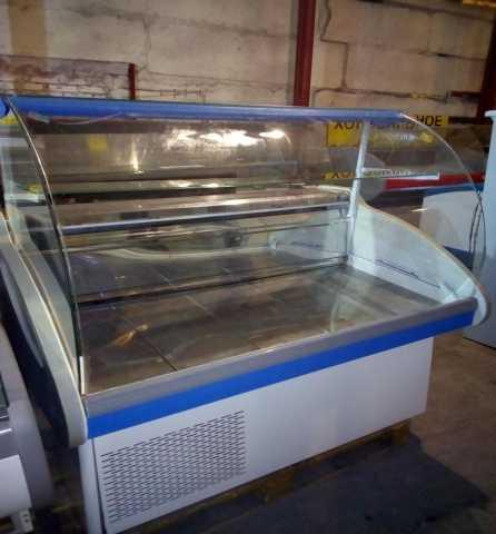 Продам Холодильная витрина Каштак б/у 130 см