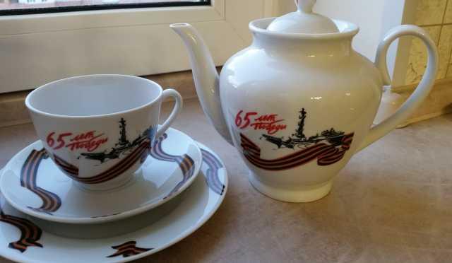 Продам Чайный комплект производства импер.фарфо