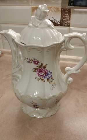 Продам  Бельгийский фарфоровый чайник