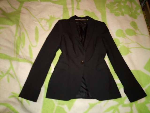 Продам пиджак женский черный