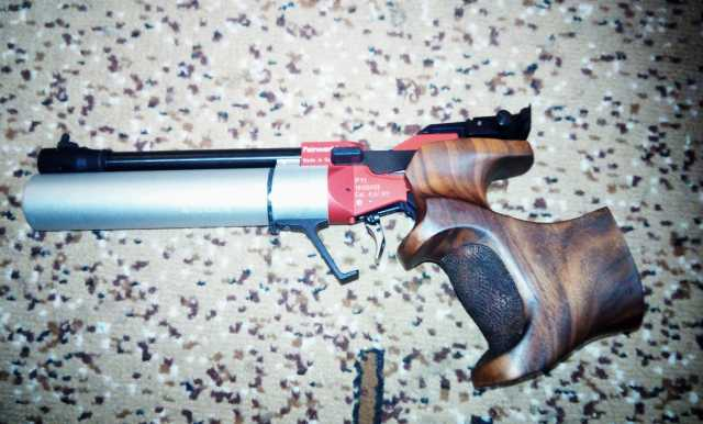 Продам  спортивный пистолет