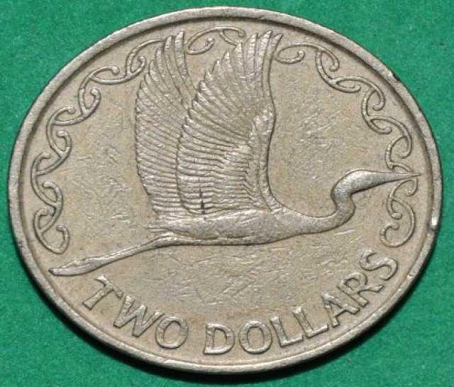 Продам: Монета 2 доллара 1990г Новая Зеландия