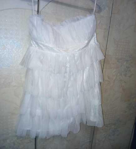 Продам Платье белое гипюровое мини р.48