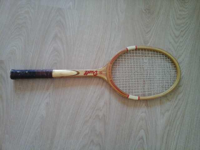 Продам Ракетка для большого тенниса деревянная