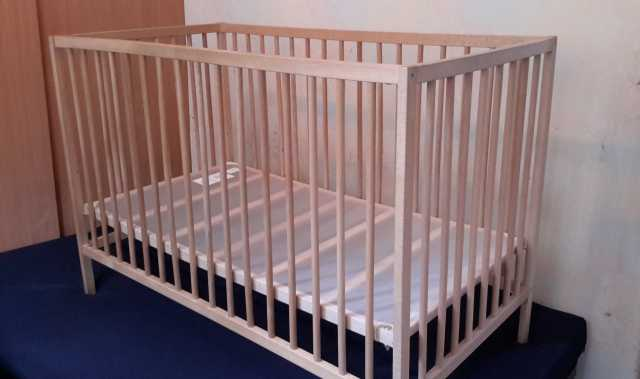 Продам Детская кроватка икеа