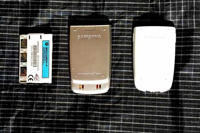 Продам: 3 батареи литиевые к Motorola & Samsung