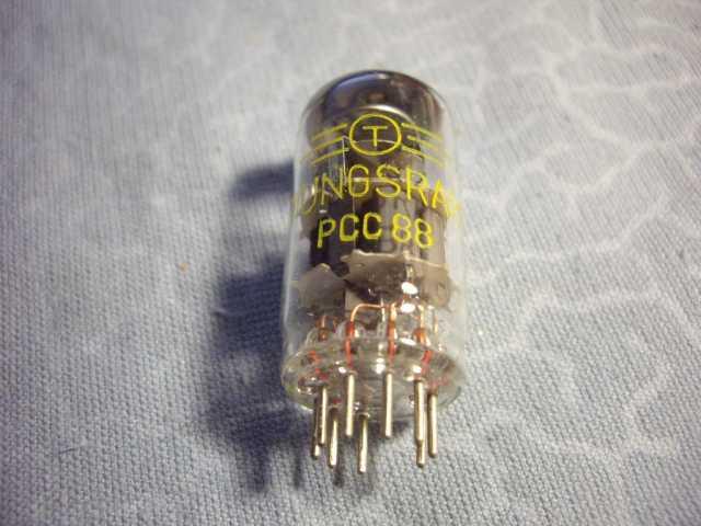Продам: Лампа PCC88 Tungsram новая