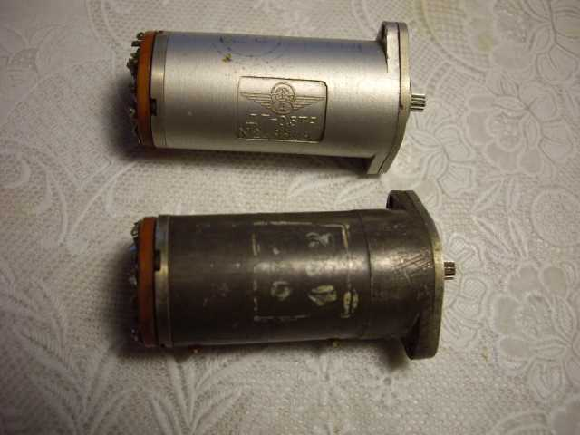Продам: Двигатель-генератор ДГ-0,5ТА 2 штуки