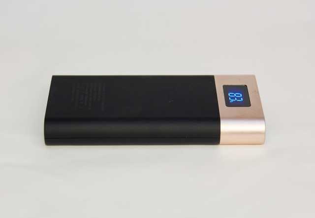 Продам Внешний аккумулятор power bank STD-1