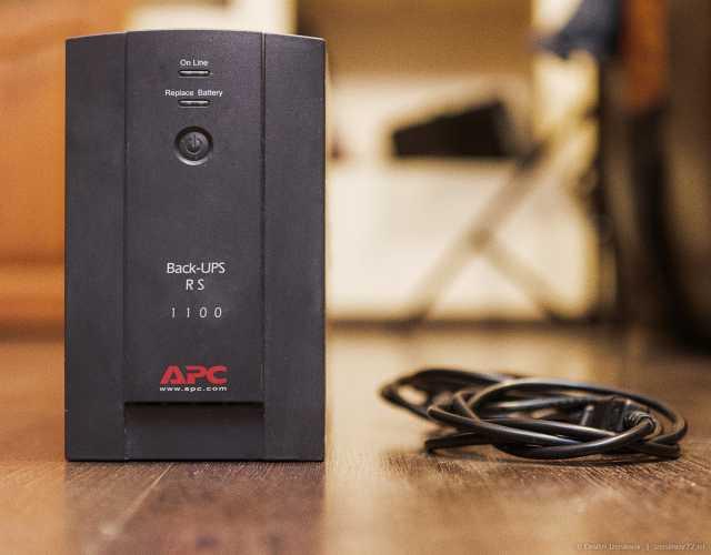 Продам Ибп APC Back-UPS RS 1100VA (660 Вт)