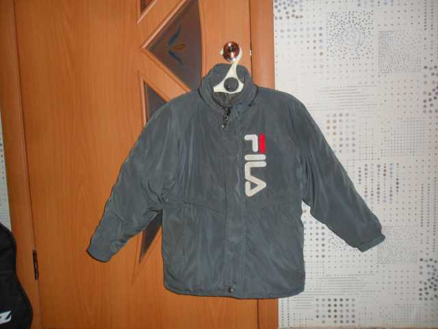 Продам: Куртки демисезонные на мальчика подростк