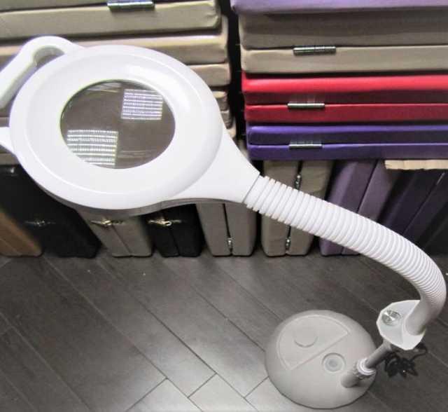 Продам Лампа-лупа