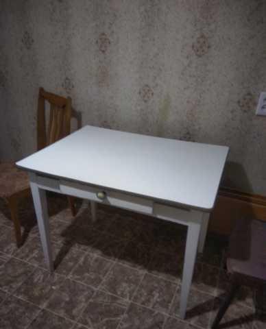 Отдам даром Стол, стул и другая мебель