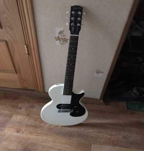 Продам Электрогитару Gibson Les Paul Melody Mak