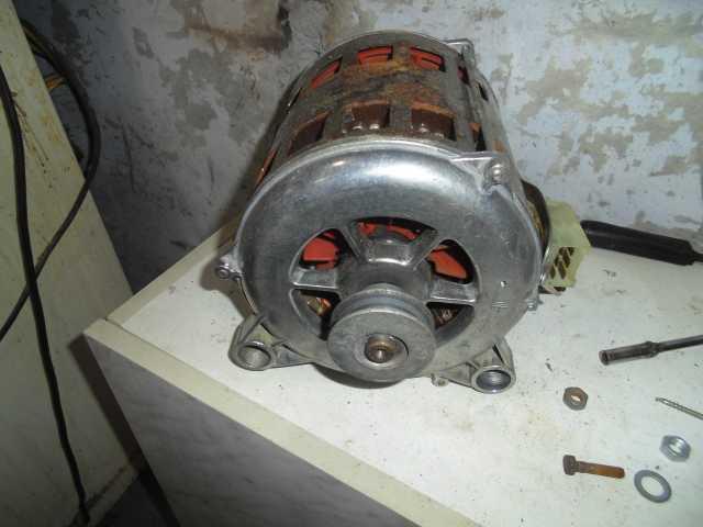 Продам Двигатель от стиралки