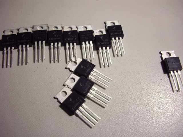 Продам: Транзистор MJE13009ST