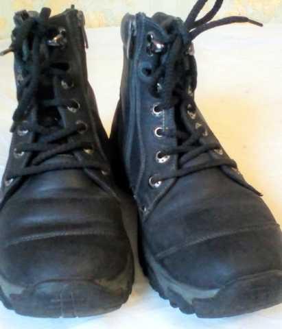 Продам Удобные и теплые зимние ботинки для подр