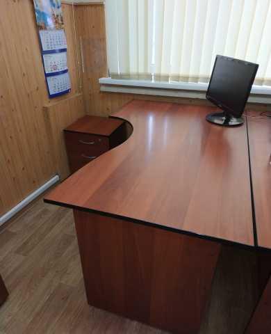 Продам Офисная мебель б/у