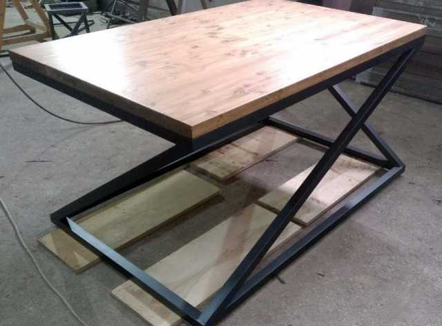 Продам: Обеденный стол в стиле лофт