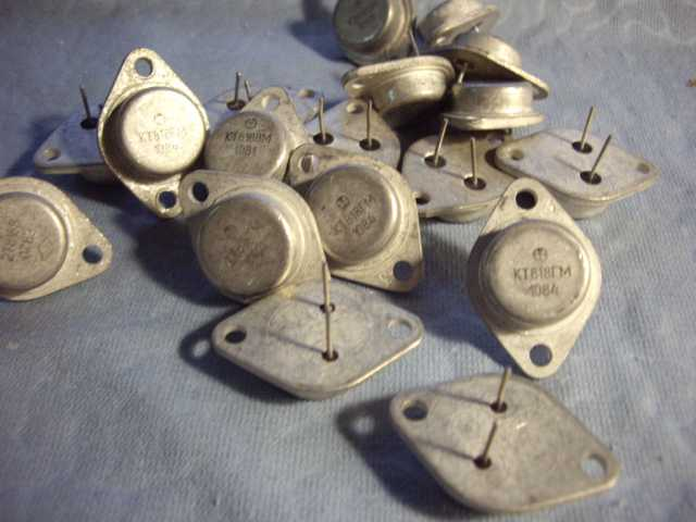 Продам: Транзистор  КТ818ГМ