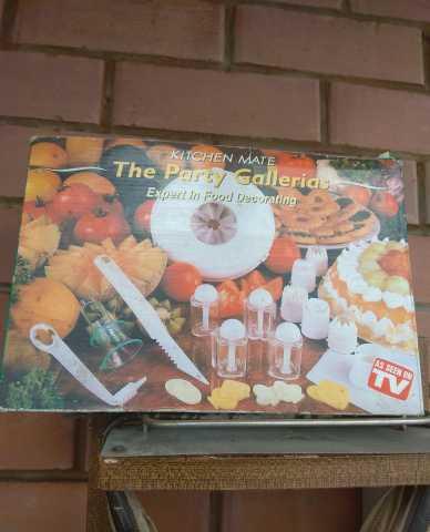 Продам Набор для оформления праздничного стола