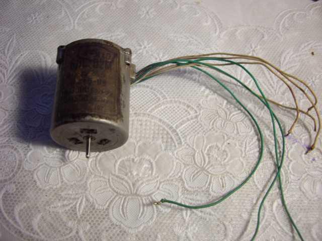 Продам: Моторчик БДС-02М для радиолюбителей