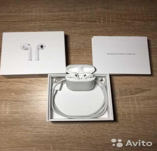 Продам Apple AirPods продаю свои