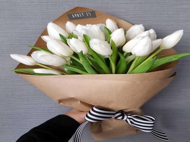 Продам Букет тюльпанов (15 штук) на 8 марта