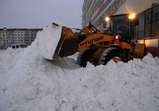 Предложение: Чистка снега с вывозом.