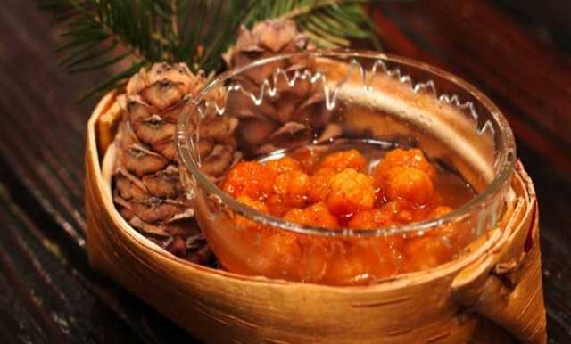Продам Варенье из ягод морошки в кг на развес