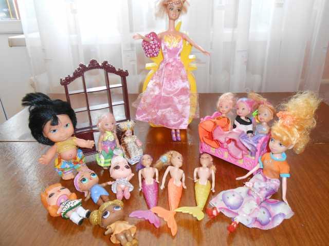 Продам Куклы в ассортименте и игрушечная мебель