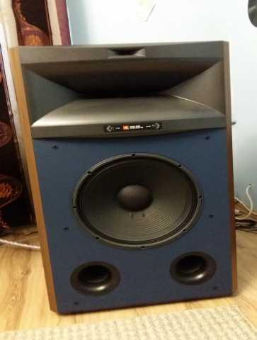 Продам Акустика JBL Studio Monitor 4365