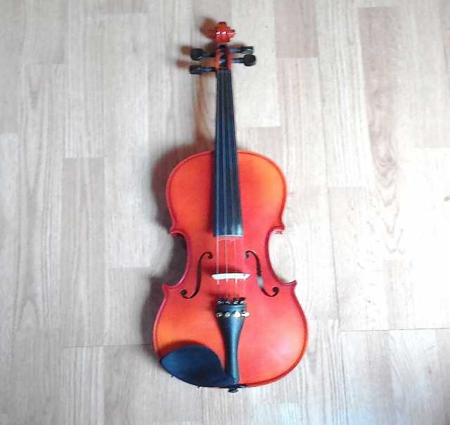 """Продам Скрипка, 4/4, Чехия, """"Cremona"""", новая."""