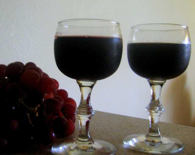 Продам: Домашнее виноградное вино, Кагор