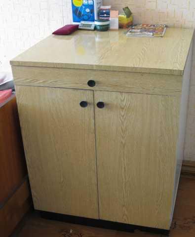 Продам Тумба кухонная