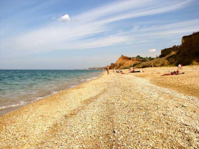 Предложение: Отель с бассейном в Крыму - отдых у моря
