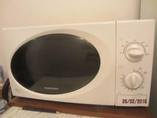 Продам Samsung микроволновая печь